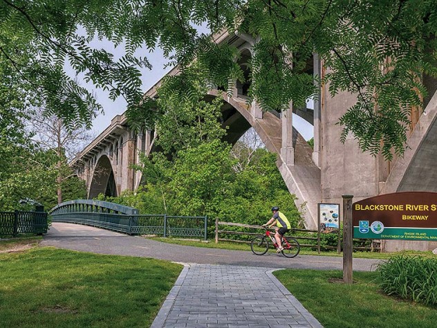 Green parkland surrounds Rhode Island bikeway